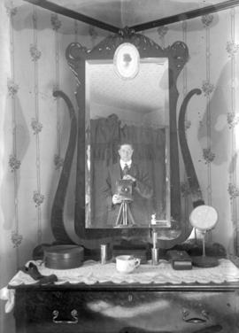 [Stuart Thomson self portrait - probably taken in his room at The Australia Boarding House, 776 S...