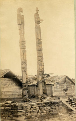 Indian totem poles at Fort Wrangle [Wrangell]