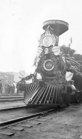 [Front end of locomotive No. 374]