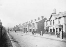 [View along New Road showing the childhood home of James Skitt Matthews]