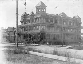[Exterior of Manor House - 603 Howe Street]
