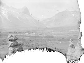 Canmore and the natural monuments