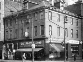 [Exterior of building - 601 to 609 West Pender Street at Seymour Street]