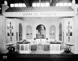 Union Oil Products display