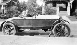 Bub and Noo in their first car [Douglas Osborne Sudbury (left) and Wilfred Arnold Sudbury (behind...