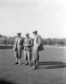 [A.F. Lascelles, Sir Walter Peacock and the Prince of Wales at Jericho Country Club]