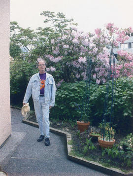 Frank Evan Richards born Dec. 20, 1936 : my garden, my tiny garden : False Creek South