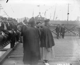 [Dignitaries waiting at C.P.R. dock for arival of Imperial statesman Li Hung Chang]