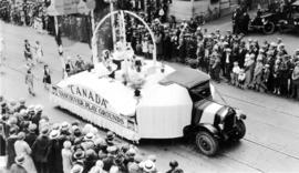 The First of July Parade : Vancouver's Playgrounds