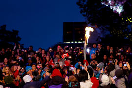 Torchbearer 48 Roberto Luongo carries the flame into Vancouver's 24 hour Community Celebrati...