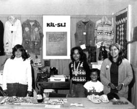 Kil-Sli display of Native arts and crafts