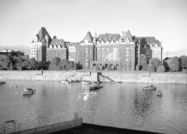 [A view of the] Empress Hotel, Victoria, B.C.