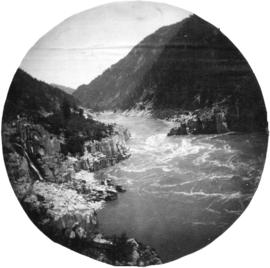 [Hell's Gate on the Fraser River]