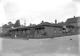[Cottages on Pacific Avenue at Hornby Street]