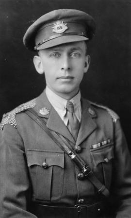 Major George M. Endacott, officer commanding the 5th BC Light Horse