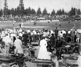 Crowds watching New Westminster Salmonbellies versus Montreal for the Minto Cup