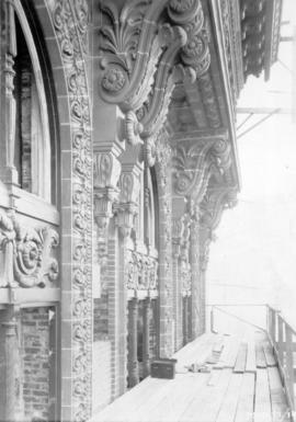 [Portion of ornate facade of second Hotel Vancouver under construction]