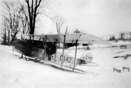 [Airforce plane in the snow]