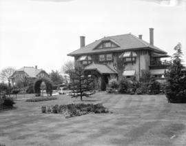 [2000 S.W. Marine Drive, William Dick residence]