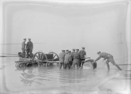 Vancouver Volunteer Regiment Artillery [men and guns at beach]