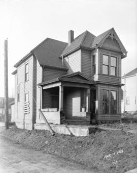 [House at 1425 Burrard Street, prior to its demolition for Burrard Street Bridge construction]