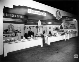 Robertson's Bakery display of bakery products