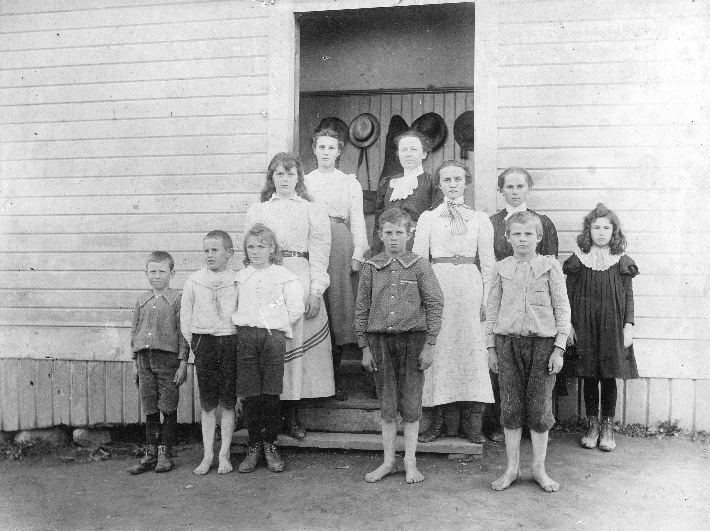 Miss Blair and her class in front of Upper Sumas School] - City of