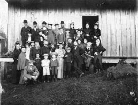 [Members of St. Andrew's Presbyterian Church at a picnic]