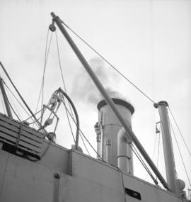 "Funnel on ""Fort Mumford"""