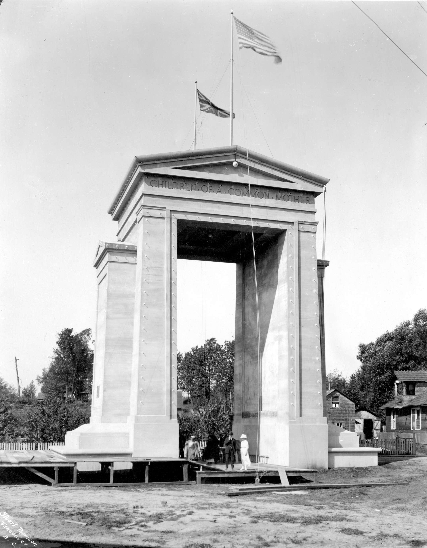 Peace Arch 1944