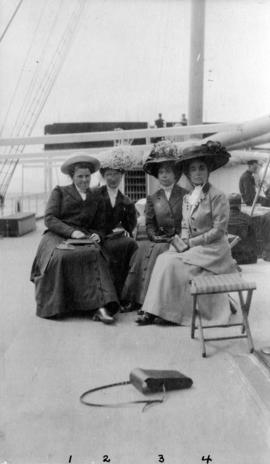Miss Emily Edwardes and friends on trip from Vancouver to visit Alaska-Yukon-Pacific Exposition i...