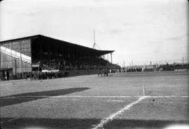 Royal Flying Club sports [at] Fort Worth [showing the] grand stand