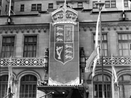 [Hotel Vancouver decorated for visit of King George VI and Queen Elizabeth]