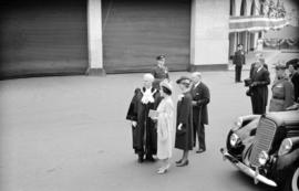 [Mayor and Mrs. Lyle J. Telford with Queen Elizabeth]