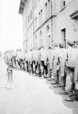 Line of members of Chinese Labour Corps.