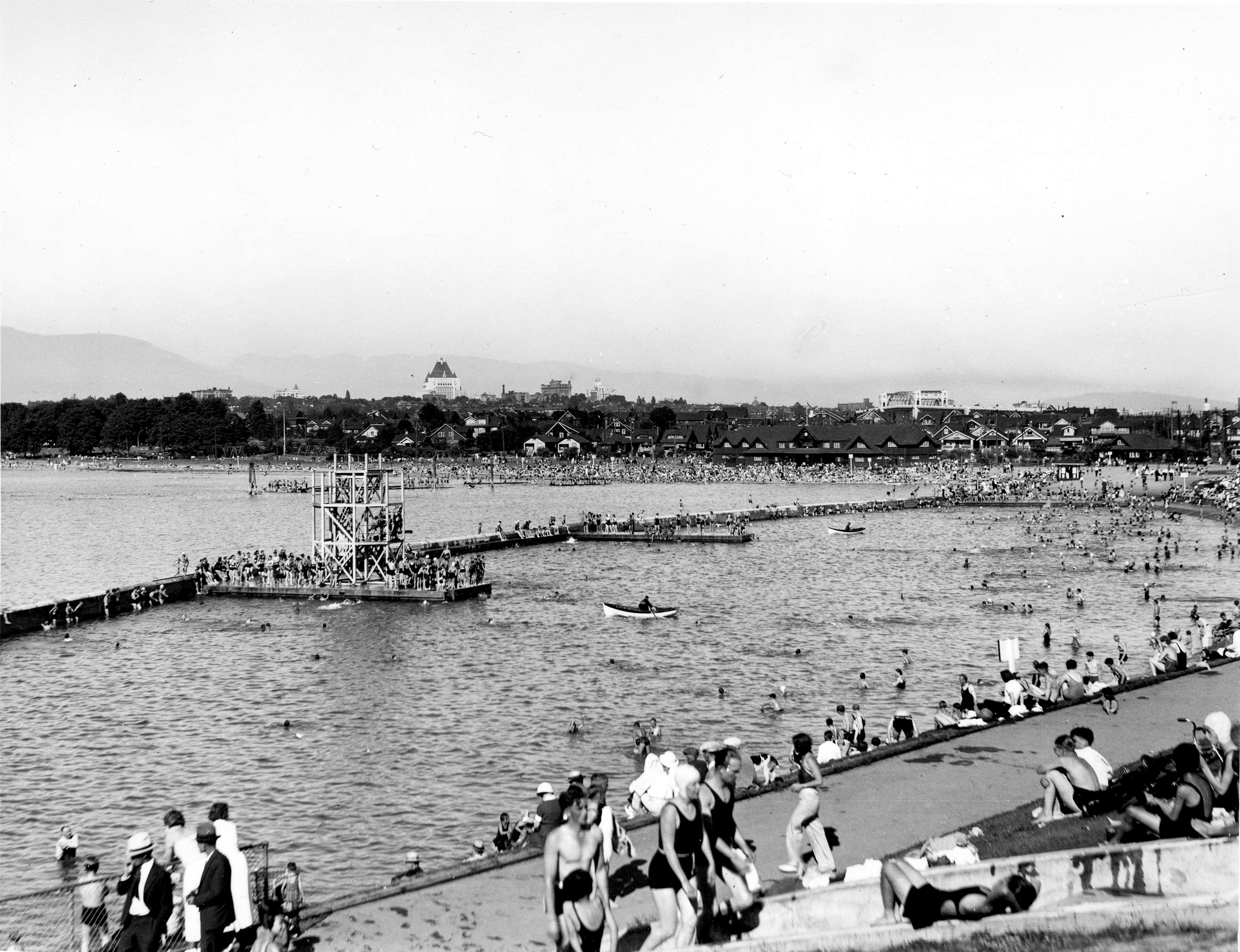 Kitsilano Swimming Pool And Beach Vancouver B C City Of Vancouver Archives