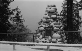SS Beaver tablet and cairn