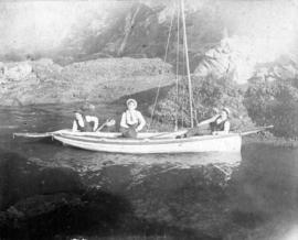 [Unidentified men in boat near Siwash Rock]