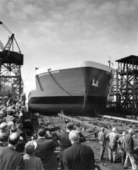 "[Launching of barge ""Straits Cold Decker"" from Burrard Dry Dock]"