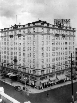 Claremont Apartment Hotel Main 8600 Fourth and Virginia Seattle