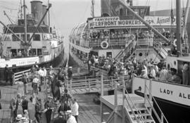 "[Crowds on the deck of the ""Lady Alexandra"" for a trip to the Vancouver Waterfront Work..."