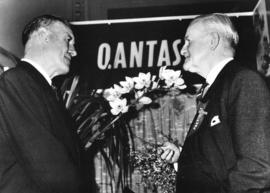 Mayor Alsbury and Sir John Hall-Best, President of the Sydney Orchid Society