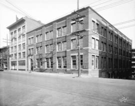 [Smith, Davidson and Wright Limited Wholesale Stationers and Paper Dealers warehouse at the corne...