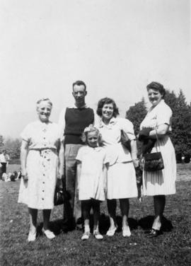 Jean, Billy Dew, Hazel & her daughter, Mrs. O'Brien [at staff picnic?]