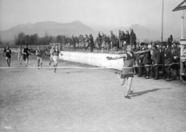 6th Field Company C.E. [finish of foot race]