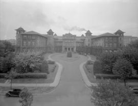 [Exterior and driveway of the original building (Heather Pavilion) of Vancouver General Hospital]