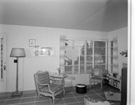 [Interior view of the sitting room of a guest house on Bowen Island]