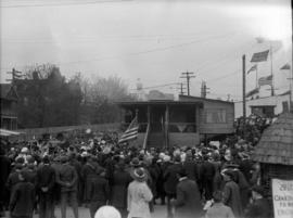 [Crowds surrounding a building during a wartime carnival on the Cambie Street Grounds]