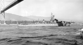 J.N.S. Uranami (Japanese Navy D.E. 105) [passing under Lions Gate Bridge]