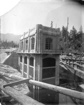 [Exterior of gate house on west shore for Buntzen Lake Power Plant number two]